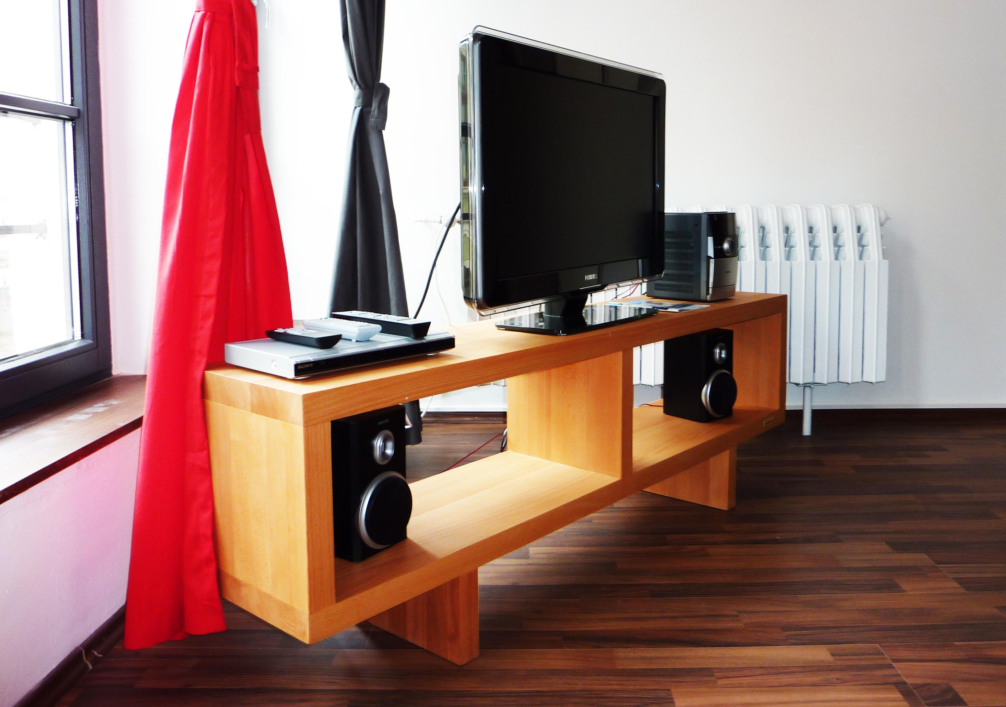 Beeindruckend Sideboard Vollholz Ideen Von Und Tv Regal Für Den Fernseher