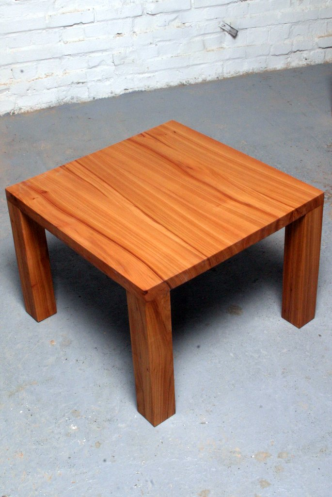 Tisch design holz  Tisch Design Holz TV PC Schreibtisch massiv Computer auf Maß ...