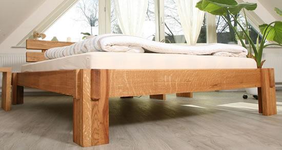 holzarten massivholz eiche f r betten tische und regale m bel g nstig. Black Bedroom Furniture Sets. Home Design Ideas