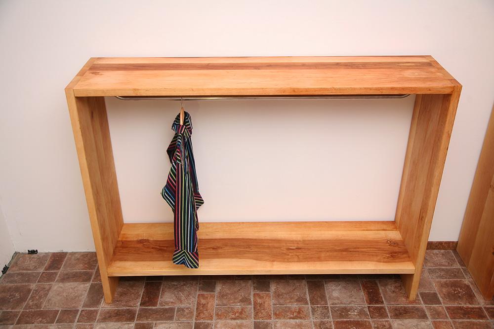 regale regal massivholz holzregale aus holz massiv nach. Black Bedroom Furniture Sets. Home Design Ideas
