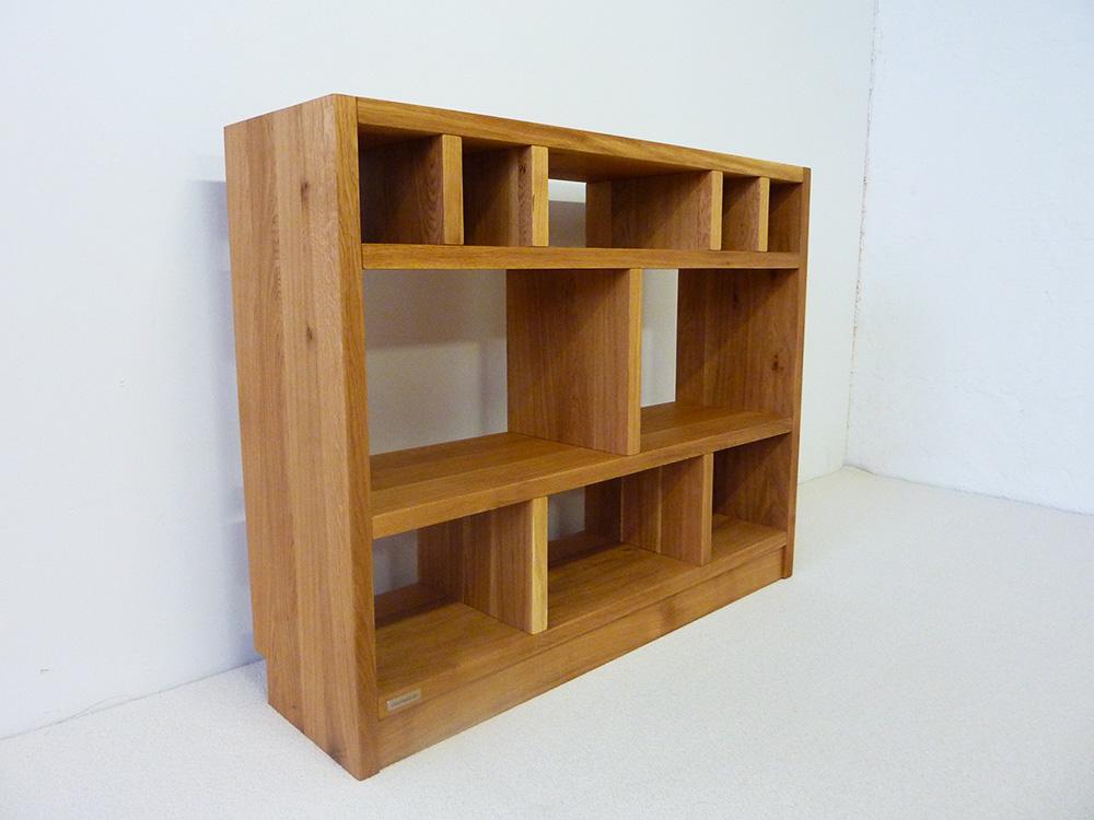 regale regal massivholz holzregale aus holz massiv nach ma preise billig. Black Bedroom Furniture Sets. Home Design Ideas