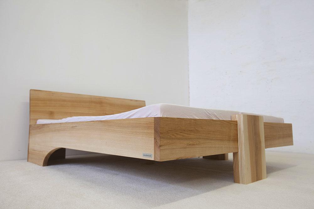 das massivholzbett sylt aus esche. Black Bedroom Furniture Sets. Home Design Ideas