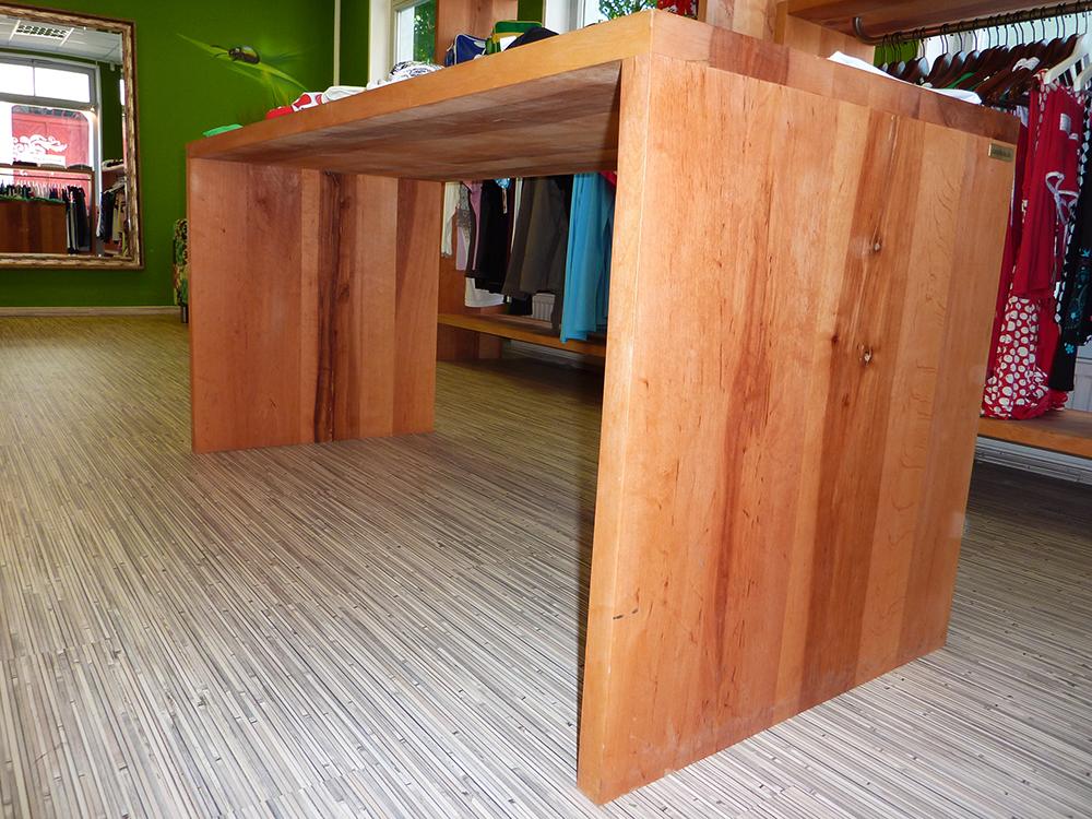 Der massivholztisch usedom als ladentisch aus massivholz - Cocobolo tisch ...