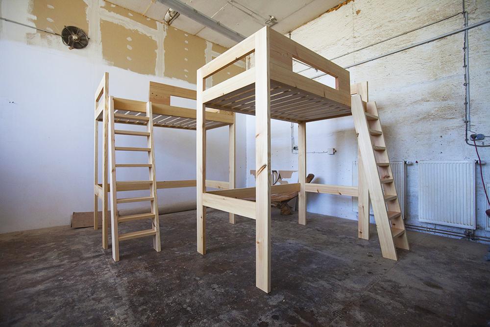 das hochbett koos aus massivholz. Black Bedroom Furniture Sets. Home Design Ideas
